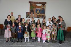 Kinderchor beim Erntedankfest 2015 mit Generalvikar Mag. Jakob Bürgler