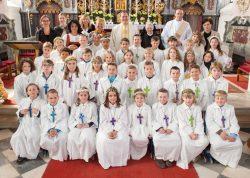 Erstkommunionkinder 2015 (in der Wallfahrtskirche Götzens)